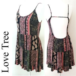 LOVE TREE Boho Open Back Ruffled Hem Dress.